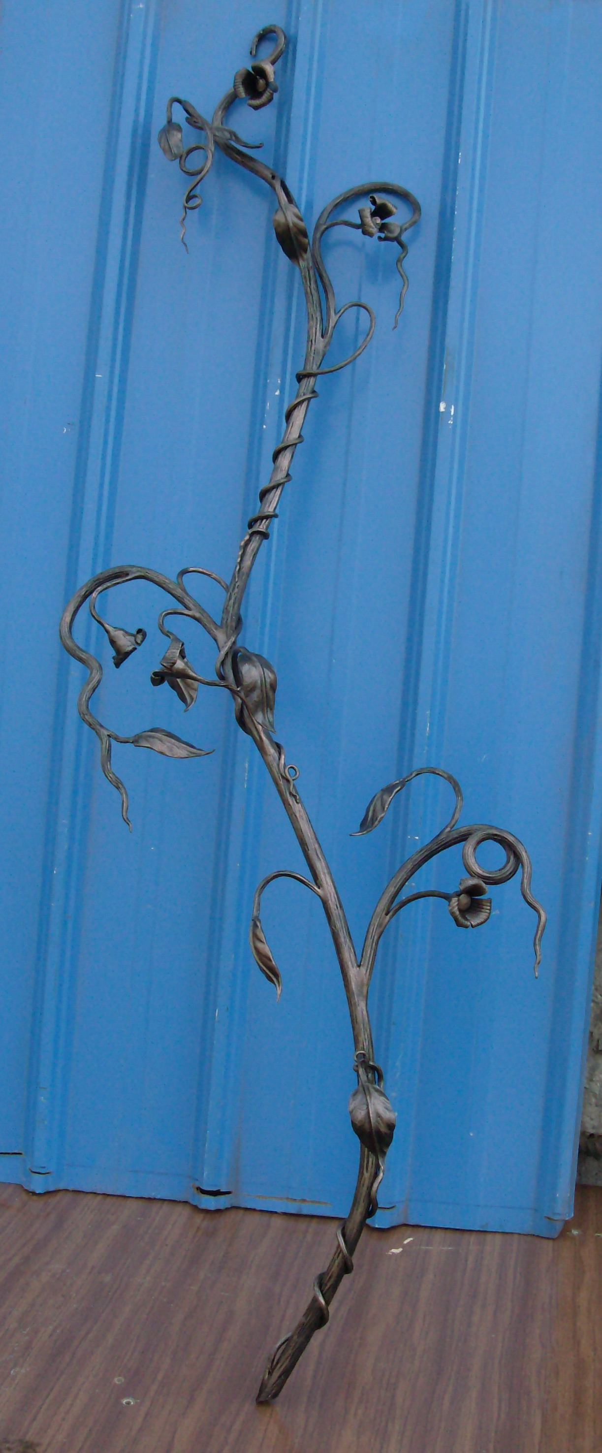 кованая  ветвь, художественная ковка, Владивосток