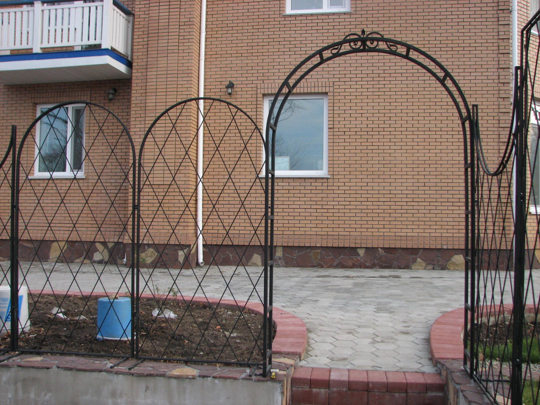 кованая пергола и кованая шпалера, художественная ковка, Владивосток