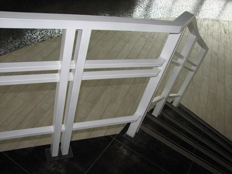 ограждение внутренней лестницы, ресторан Del Mare, Владивосток