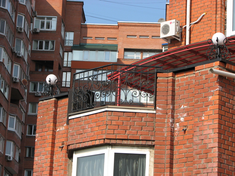 Кованый балкон, кованые фонари, художественная ковка, Владивосток