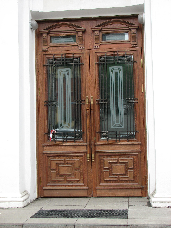 кованые решетки на входных дверях, художественная ковка,  Владивосток