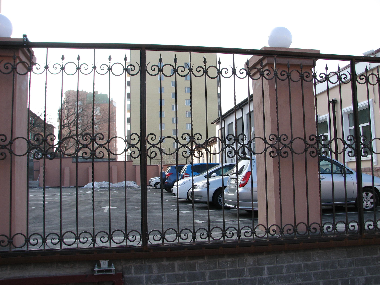 кованый забор и кованые ворота, художественная ковка,  Владивосток