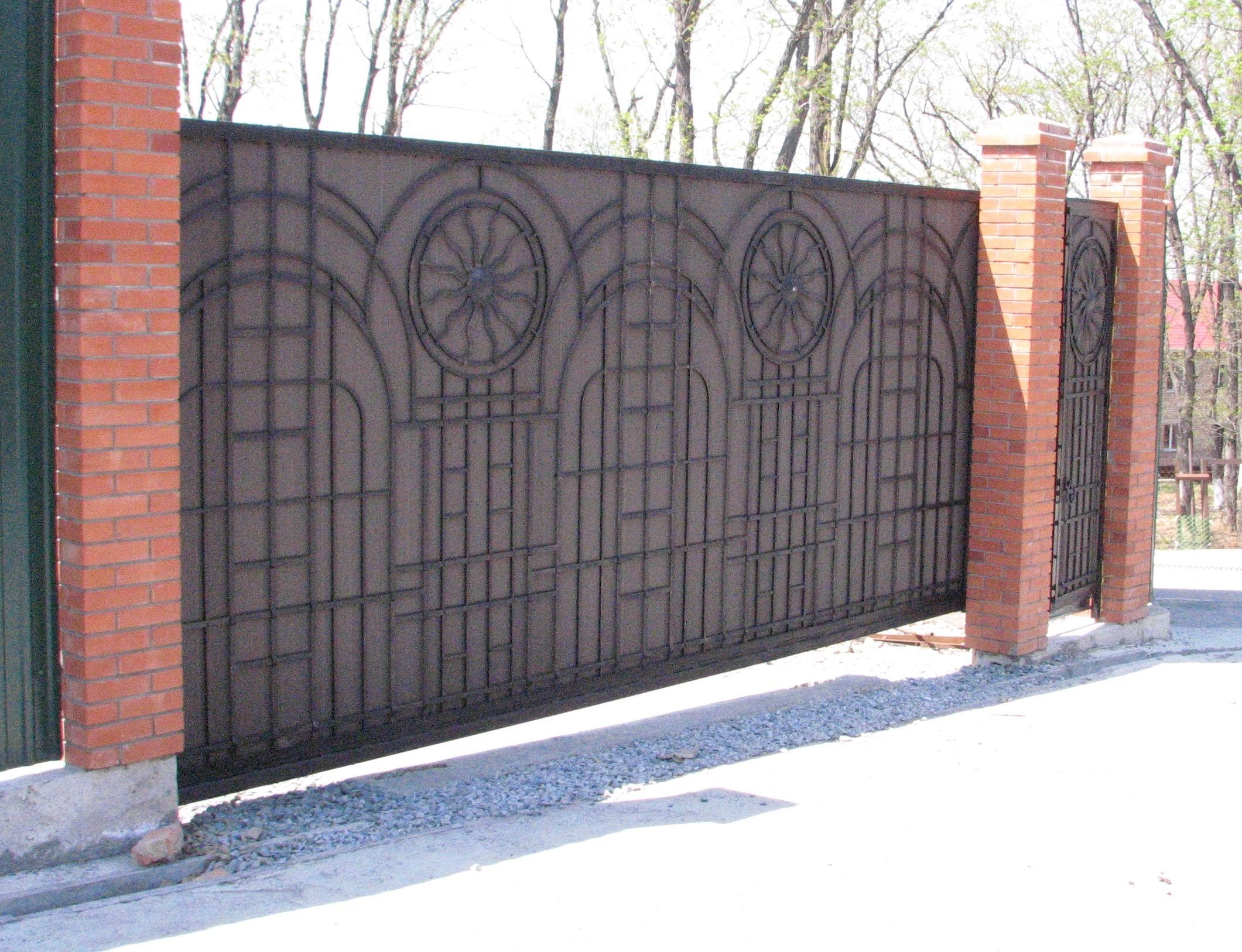 кованые ворота и кованая калитка, художественная ковка, владивосток