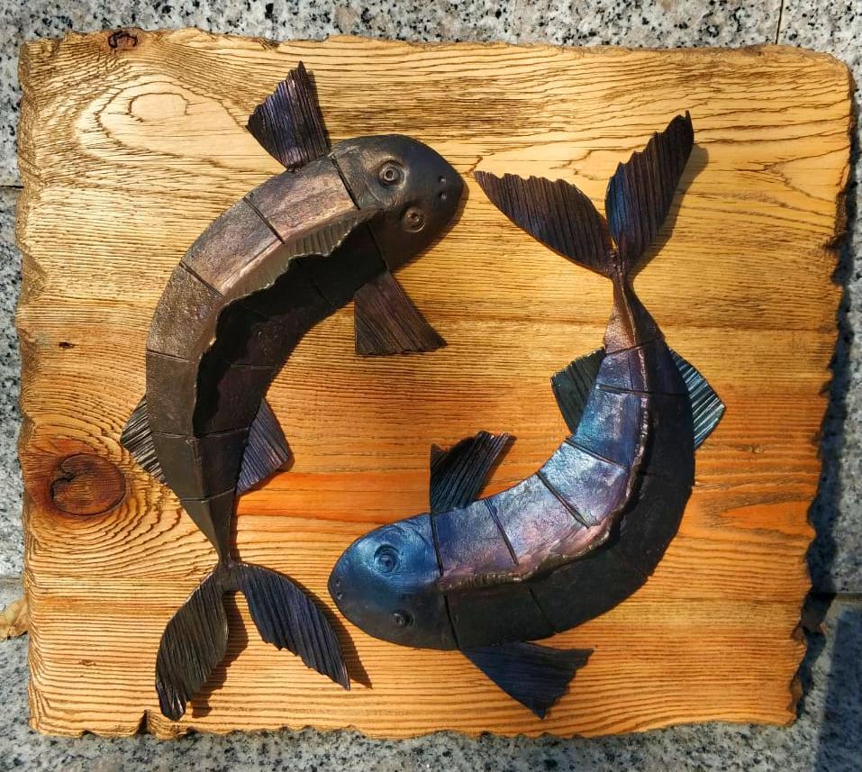 кованые рыбы, художественная ковка, ковка во Владивостоке, ковка на заказ, кованый декор, кованое панно. ковка в интерьере, кои арт